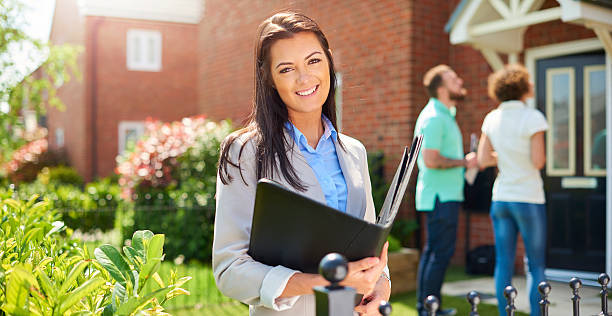 Reasons for Hiring a Real Estate Broker